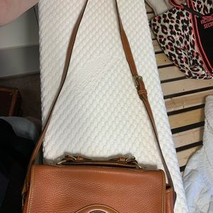 Dooney & Bourke Bags - Dooney & Bourke shoulder bag